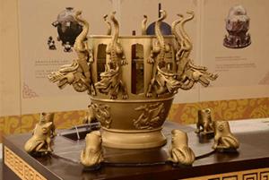 回响 趣谈中国古代发明中的衣食住行用