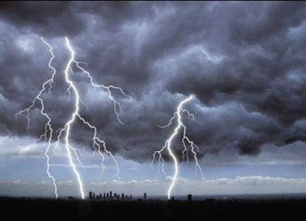 """今年全球天气继续""""极端和反常"""""""