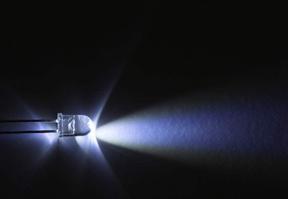 太赫兹自由电子激光饱和出光