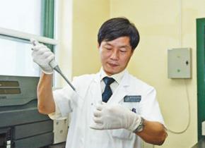 他专研24年,让中国艾滋病治疗水平直追国际