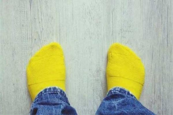 你的臭袜子也能用来发电了