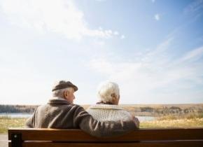 """寿命""""无极限"""",研究重新激起人类寿命争论"""