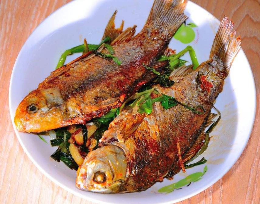 煎鱼不破皮 美味又营养