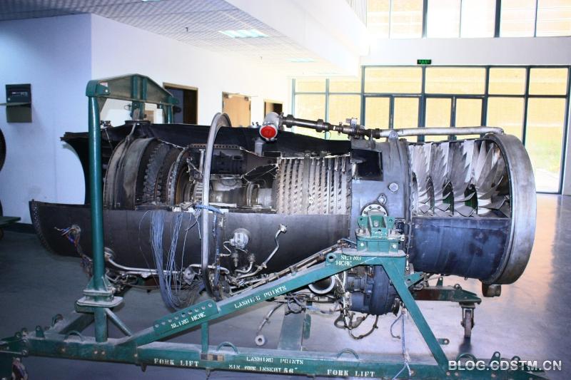 图14  苏联在德国bmw 003基础上仿制的rd-20轴流式涡喷发动机,曾用于图片