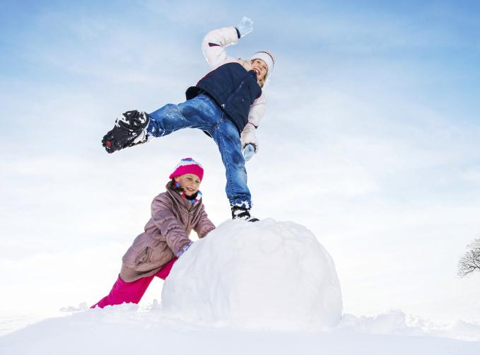 滑冰滚雪球 科学揭奥秘