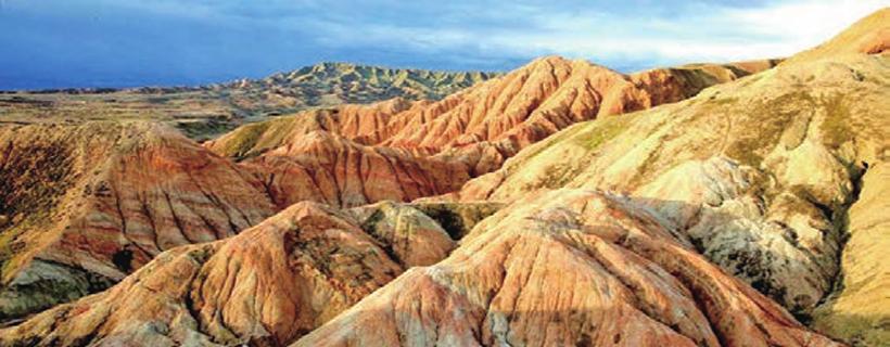 泥火山,沸腾的土地