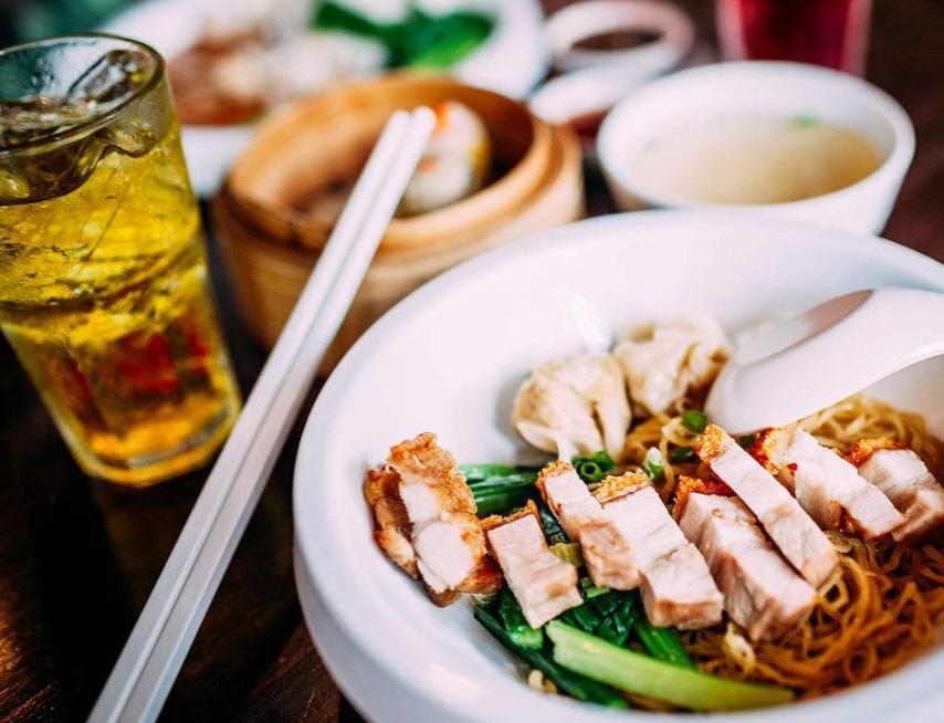 曼谷街边美食:市井与美味并存