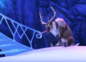 为什么冬天舌头会粘在铁栏杆上?
