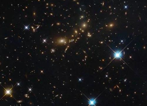 是什么决定了宇宙的结构?