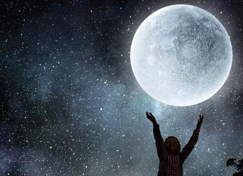 """为什么说月亮是地球的""""女儿"""""""