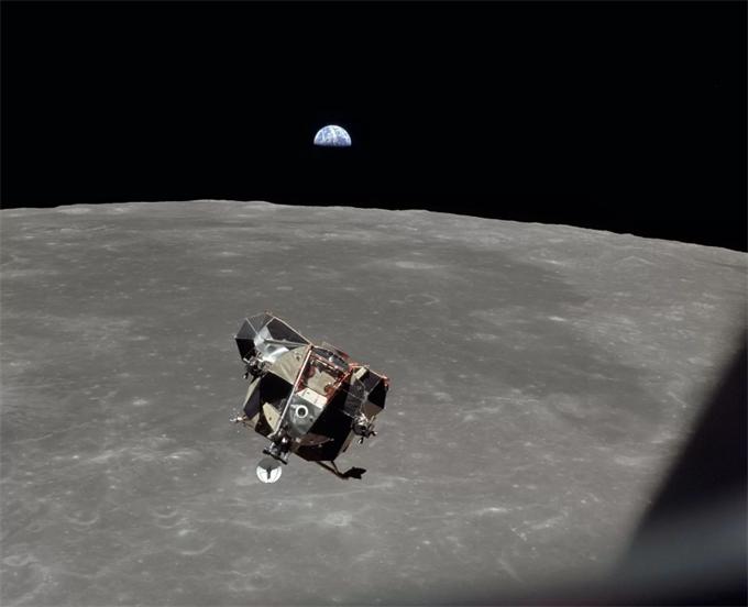 如果阿波罗11号宇航员回不来了……